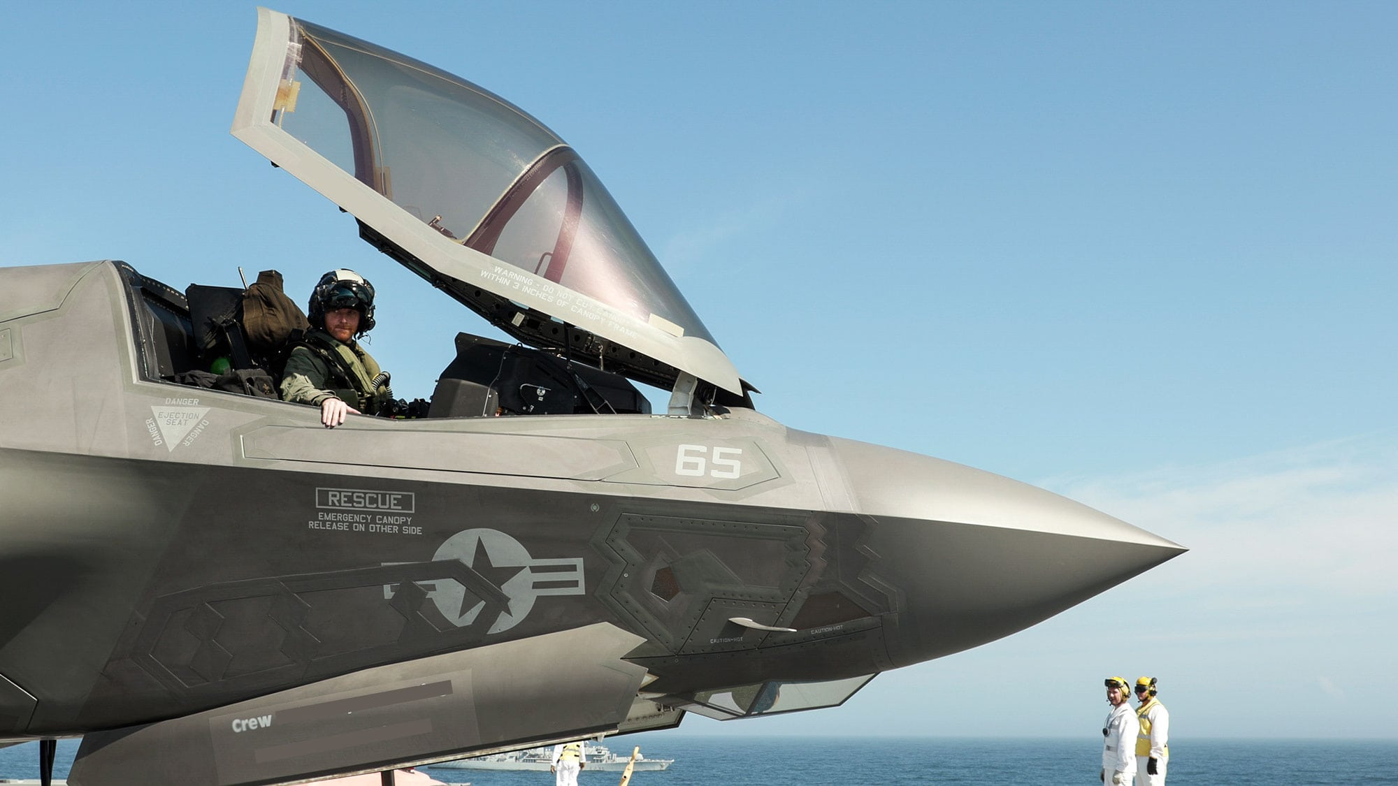 F-35 pilot lands on QE Carrier