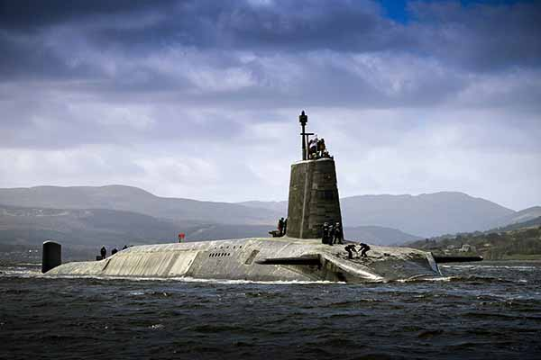 HMS-Vigilant-Royal-Navy-Submarine-600x400