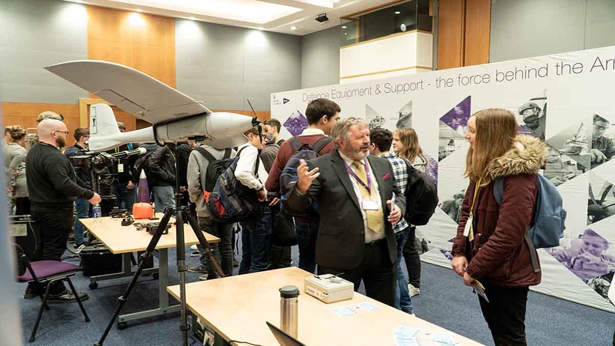 DE&S Apprenticeship School Visit STEM