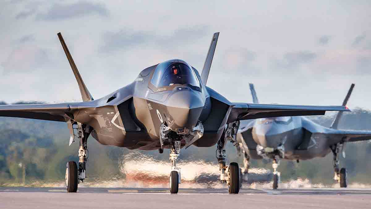 F35-Royal-Air-Force-Defence-Equipment-Support-DE&S