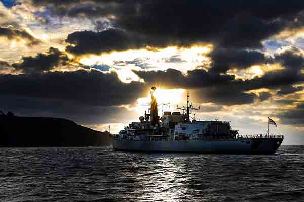 Defence-Equipment-and-Support-DE&S-HMS-Monmouth