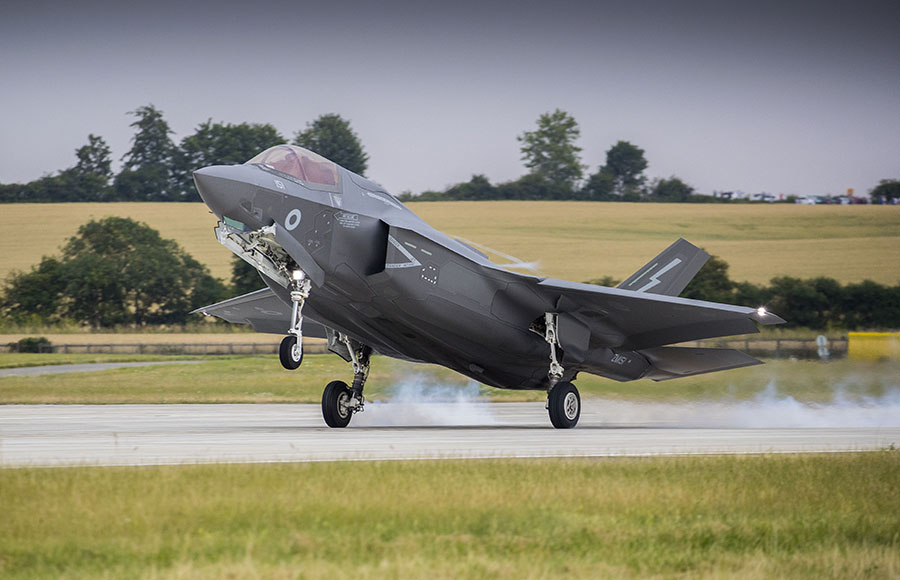 RAF-F-35-B-Lightning-Royal-Air-Force-Defence-Equipment-and-Support-DE&S